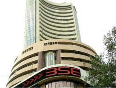 Sensex zooms 266 pts, Nifty above 8,000 on capital inflows