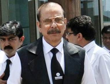SC extends Sahara chief's parole by one wee