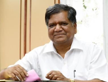 With polls around, Siddaramaiah has now realised he is a Hindu: Shettar