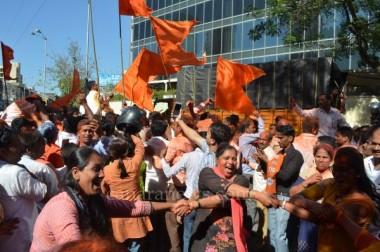 BJP sweeps Maharashtra, trails Sena in Mumbai