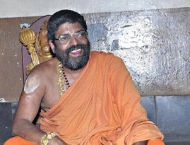 Seers seek action against Lakshmivara Theertha Seer