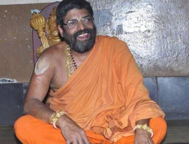 Shiroor Mutt seer to contest Assembly polls