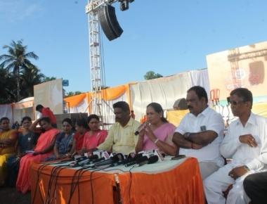 Shobha Karandlaje attacks Congress