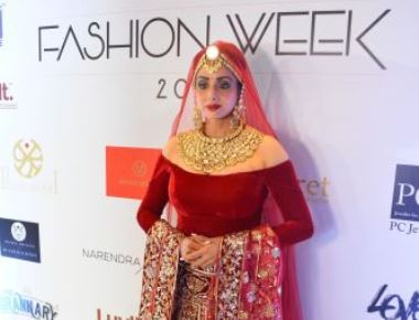 Showstoppers Sridevi, Shruti Hassan, Saina Nehwal set the ramp on fire at the first edition of Bangalore Times Fashion Week