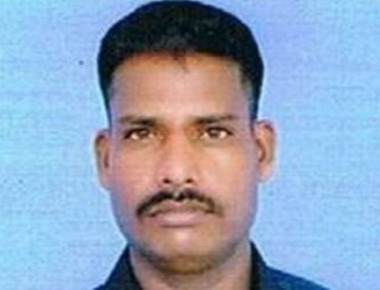 Soldier found alive in Siachen dies