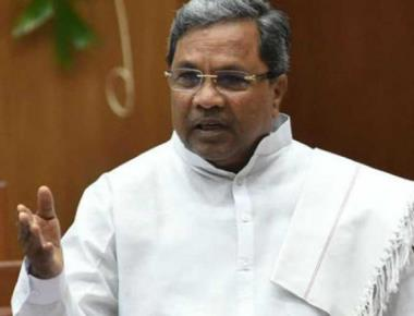 Cong awaits Siddaramaiah to douse rebellion fire