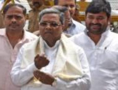 Siddaramaiah urges people to maintain peace