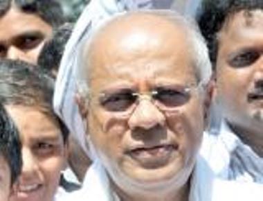 Siddeshwar set to resign within a week