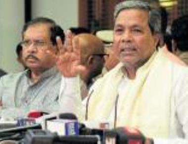 Siddu in a bind over continuing water release