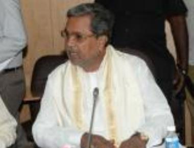 CM for criminal action against officials tepid to welfare schemes
