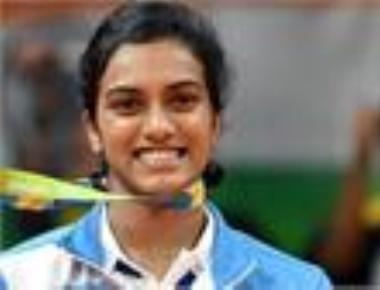 Sindhu, Srikanth enter World Championship quarters