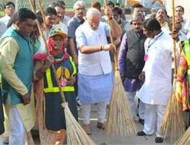 PM says 67 pc population now has toilets; calls for new cleanliness campaign