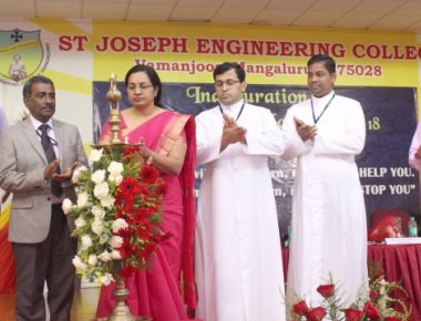 SJEC welcome freshers at first year BE class inaugural