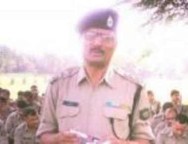 NIA officer shot dead,wife injured by unknown killers