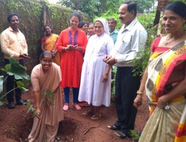 Spandana Trust celebrates Vanamahotsava