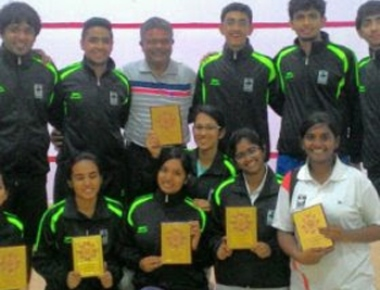 Girls' Squash team are 'runners-up' at National inter-university meet