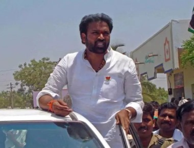 Give Reddy a chance to lead party in Ballari: Sriramulu to BJP