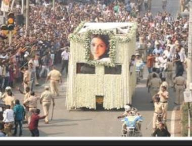State funeral for Sridevi ordered by Maharashtra CM: RTI reply