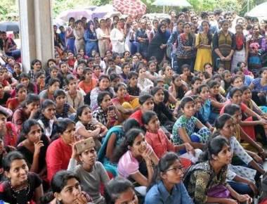 Mangalore University students stage protest over man's 'misbehaviour'
