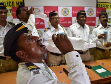 Mumbai Traffic Police Stays Hydrated this Summer