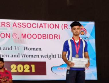 St Philomena P.U.College, Puttur bags Bronze  medal in Weight lifting.