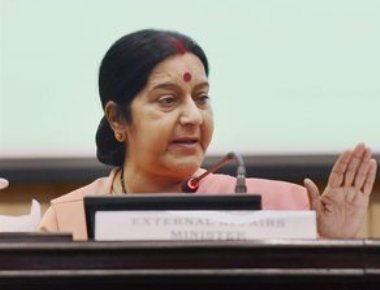 Govt, BJP, RSS stand by Sushma
