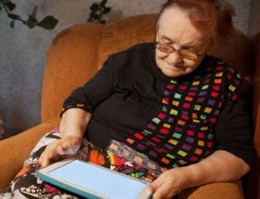 Tablet devices can help dementia patients reduce agitation