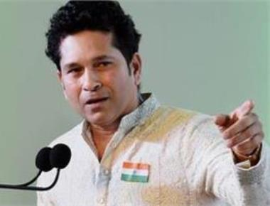 Tendulkar gives pep talk to women's team ahead of SA series