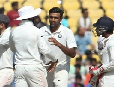 Second Test: India overwhelm Sri Lanka by an innings and 239 runs