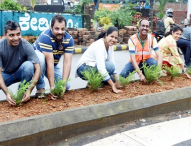Traffic team of St Theresa School plants saplings