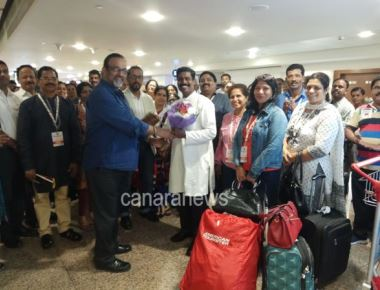 Rev.Fr. Ebnezer Jathanna, Guest and Tourists flock in Dubai for Vishwa Tulu Sammelana
