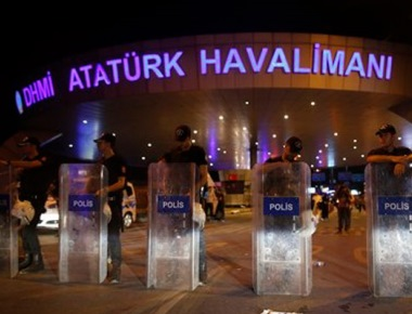 Istanbul airport suicide bomb attack likely carried out by Islamic State, says Turkey PM; death toll at 36