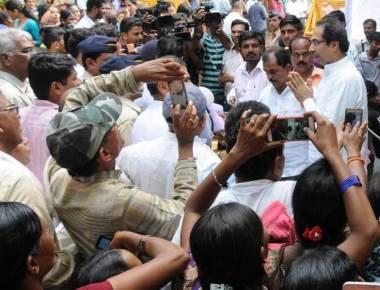 Gujarat's 'crazy vikas' protest finds echo in Uddhav
