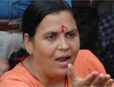 Will Sonia clean the 'dirt' in Parl, asks Uma Bharti