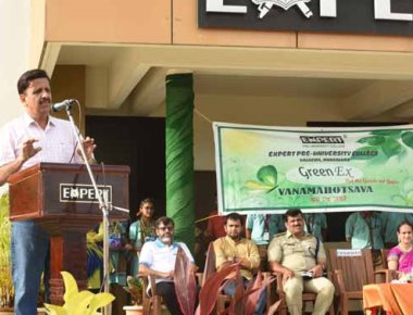 Vanamahostava celebrated at Expert PU College, Valachil