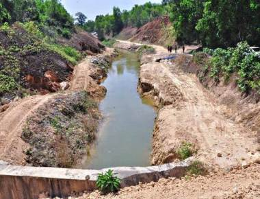 People pour out their woes, owing to Varahi Project