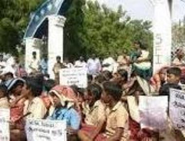 Protests against Vedanta plant turns violent, 1 killed in police firing
