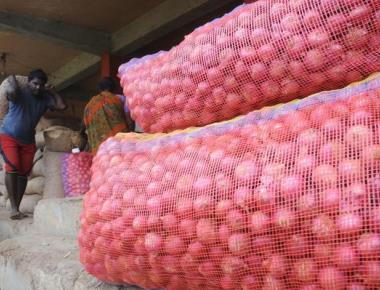 Cauvery crisis hits vegetable, flower businesses