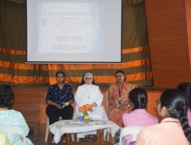 St Agnes College (Autonomous), Mangaluru organized a workshop on Origami