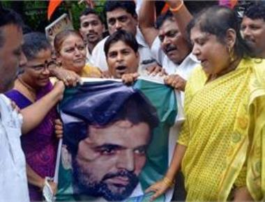 Those who sought leniency for Yakub are nation's enemies: Sena
