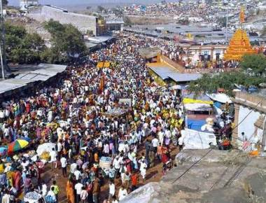 Six lakh devotees throng Yellamma temple