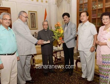 YMCA members meet President Pranab Mukherjee